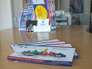 Flyer Broschüren Visitenkarten Briefbogen Stempel